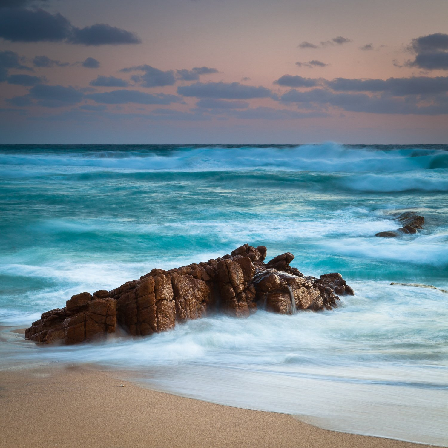 Cold-and-Wild_Honeycombs-Beach_Yallingup_South-West_WA_colour