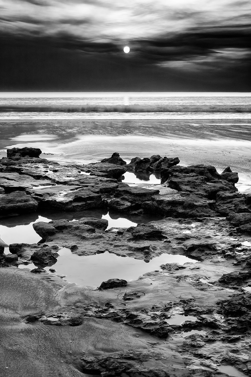 Craggy-Shore_Sunset_Cable-Beach_Broome_Kimberleys_North-West_WA_Black and White