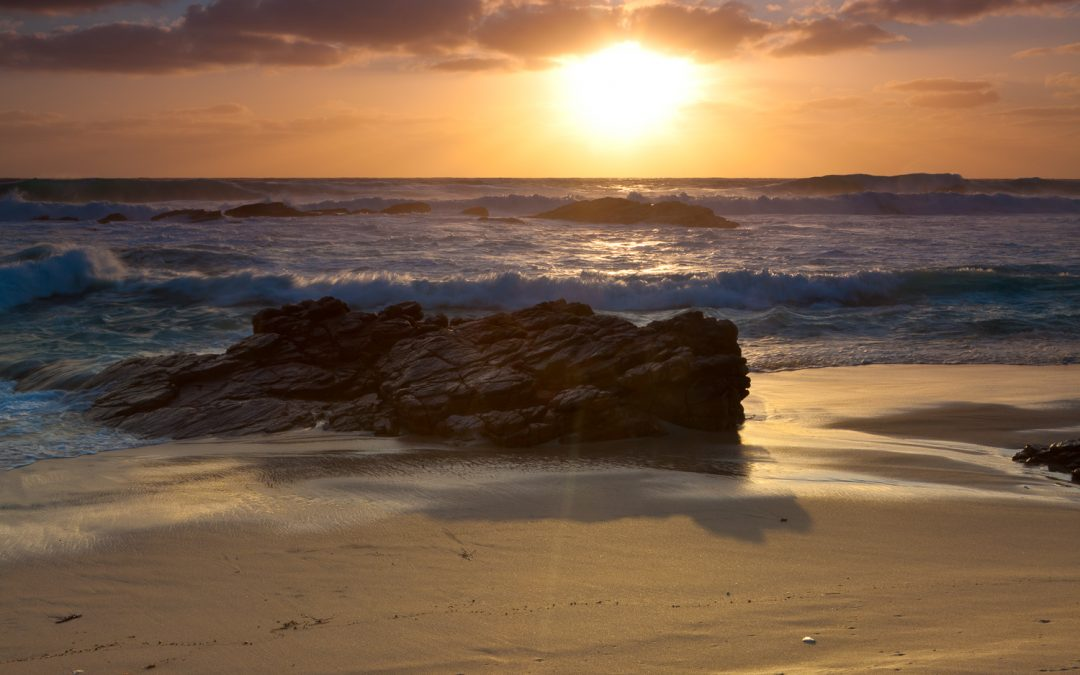 Golden-Hour_Sunset_Honeycombs-Beach_Yallingup_South-West_WA_Colour