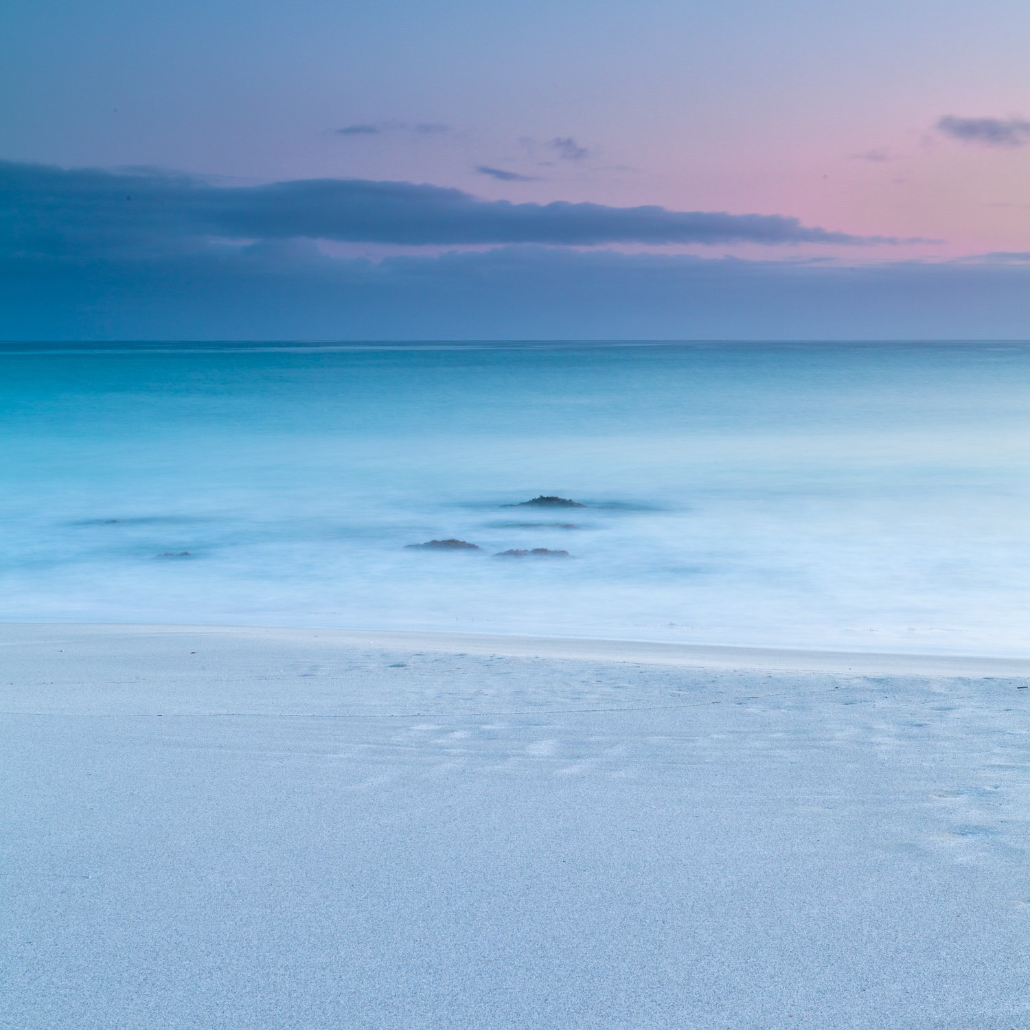 Minimalist_Sunrise_Castle-Rock-Beach_Dunsborough_South-West_WA_Colour