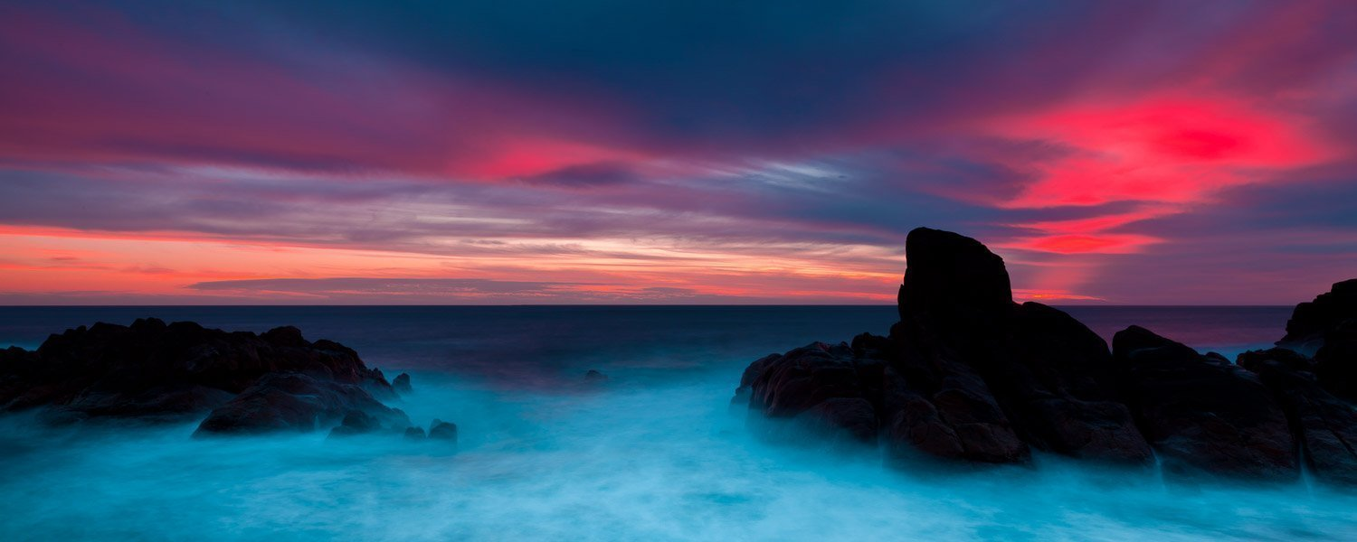 Red-Light_Canal-Rocks_Smiths-Beach_Yallingup_South-West_WA_Colour