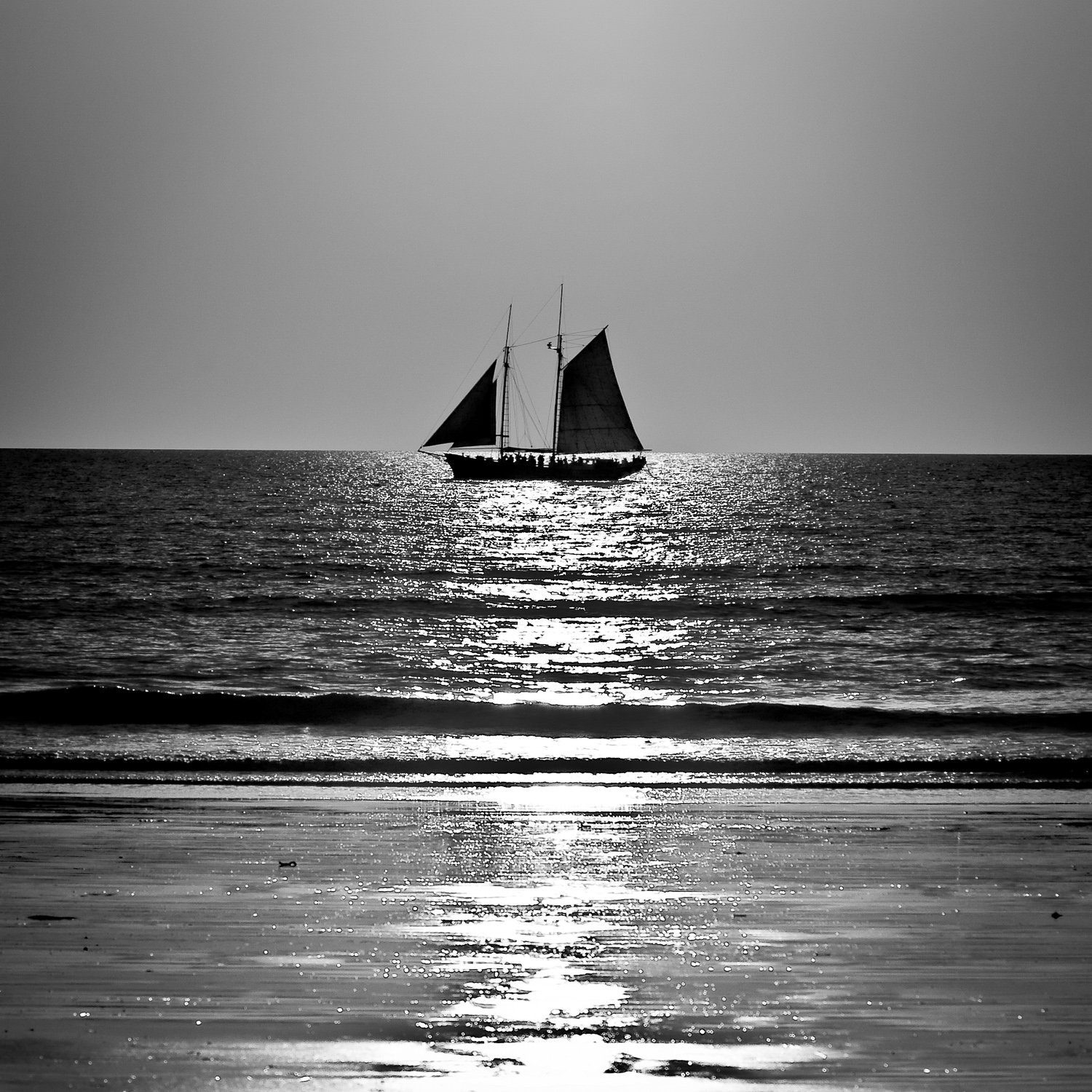 Silhouette-Lugger_Sunset_Cable-Beach_Broome_Kimberleys_North-West_WA_Black and White