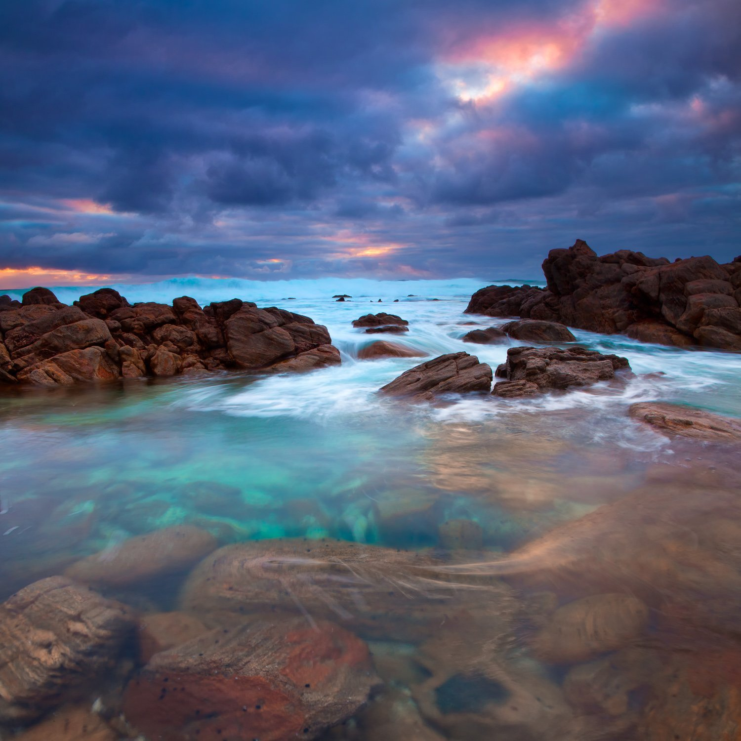 Stormy-Rock-Pool_Cape-Naturaliste_South-West_WA_Colour