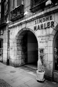 Simone_Mahler_Beauty_Bayonne_Basque_Country_Aquitaine_SW_France_Black_and_White
