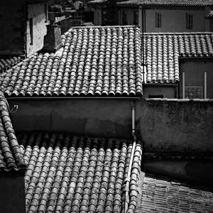 Terracotta_Carcassonne_Languedoc_Occitanie_South_France_Black_and_White